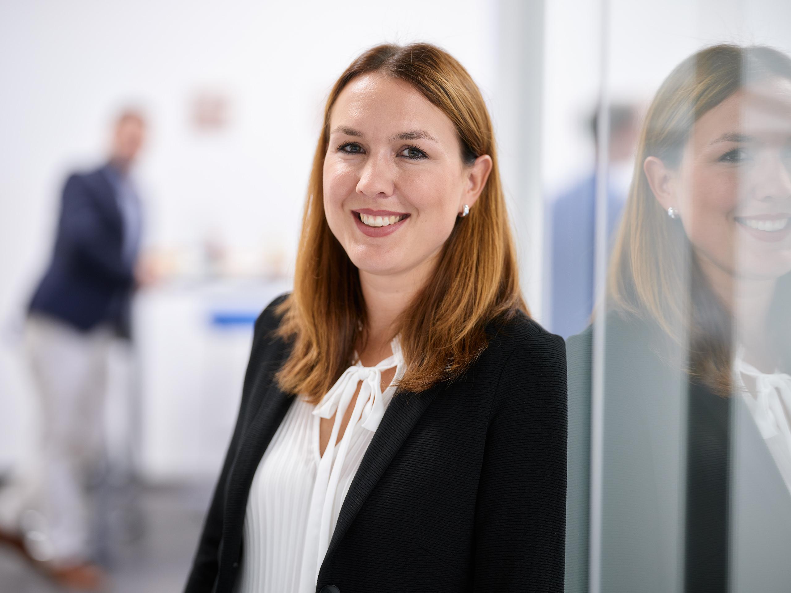 Leslie Eckmann, Sekretärin und Finanzbuchhaltung
