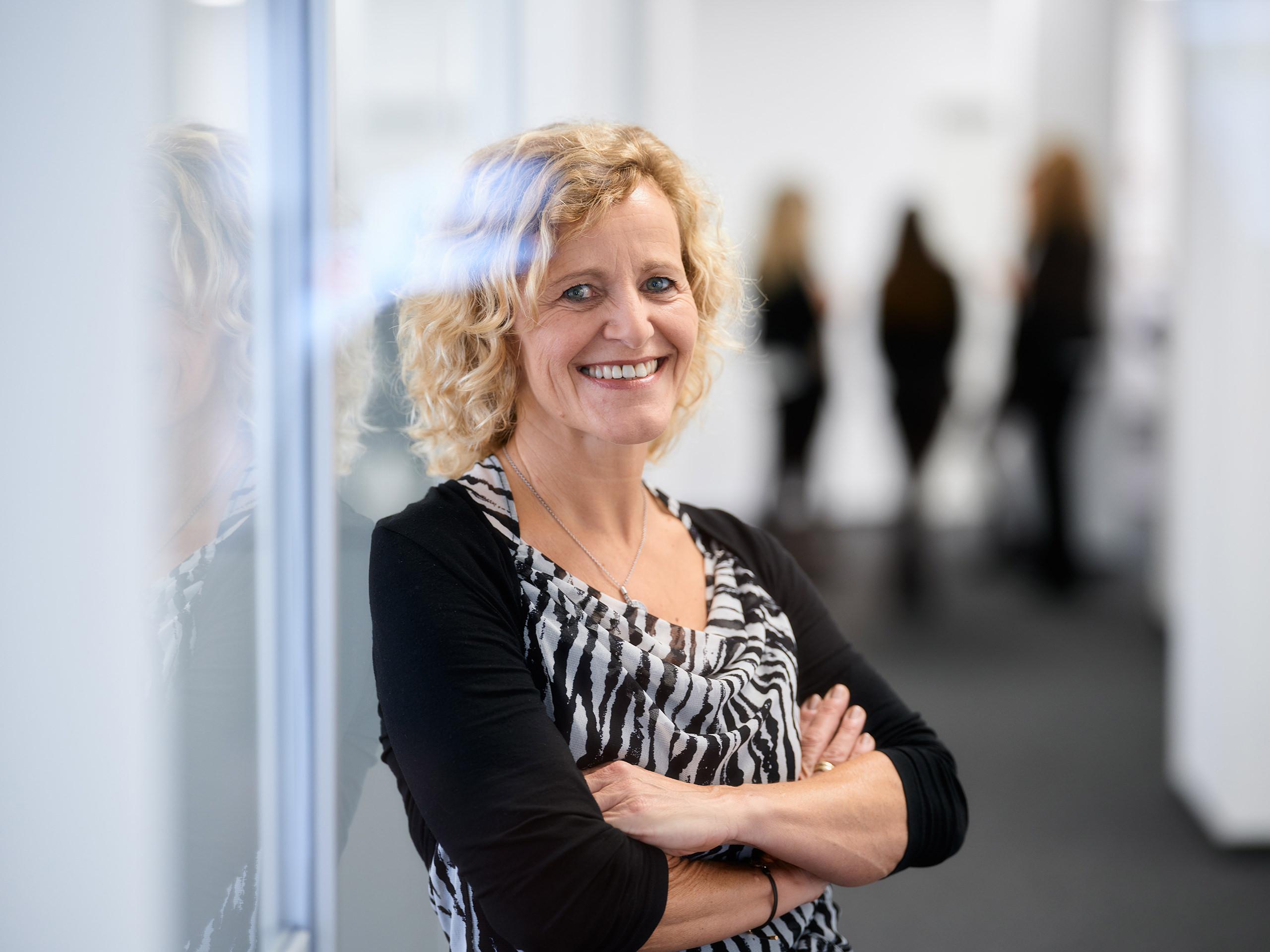 Gabriele Schöneich, Steuerfachangestellte Zertifizierte Fachkraft für die Einkommensteuererklärung (IFU/ISM)